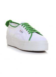 Спортни обувки в бяло и зелено Superga