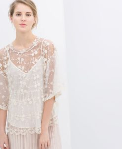 zara--embroidered-top-with-kimono-sleeves-product-1-17396252-4-862638792-normal
