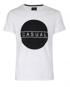 Бяла тениска с щампа Casual Friday
